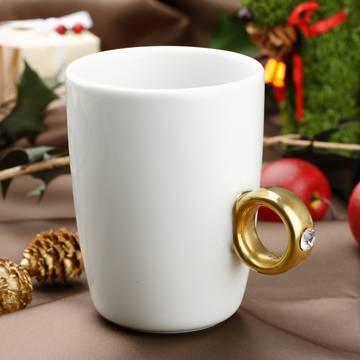 La tazza gioiello per la gioia di tutte le donne