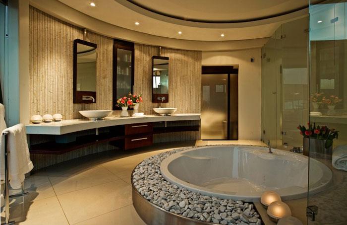 Progetti bagno 40 bagni per lasciarti ispirare for Master bathroom jacuzzi designs