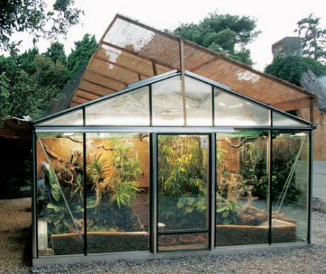Serre e verande un giardino per interni - Costruire veranda in giardino ...