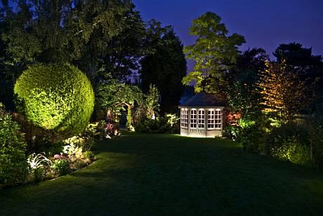 Illuminazione degli esterni: la luce fa la differenza  Illuminazione