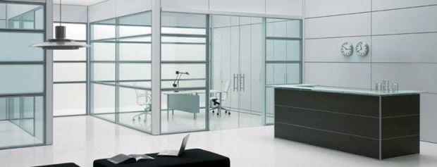 Pareti in vetro e pareti divisorie per ufficio for Arredi per pareti